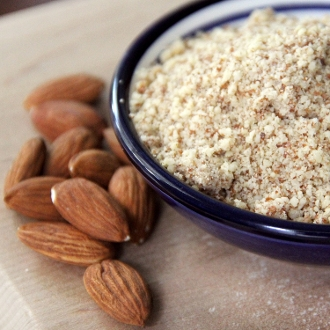 Raw Almond Meal (18.5 oz)